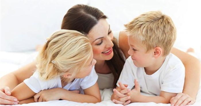 妈妈和孩子们